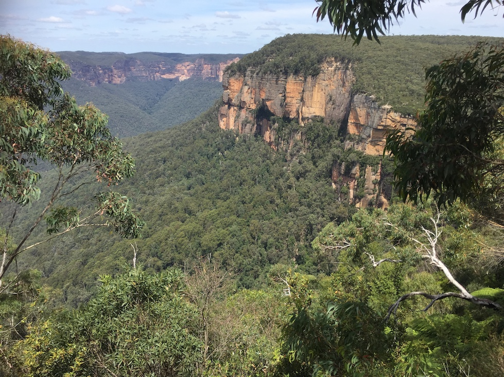 Blue Mountains - a scenic wonderland of lookouts and spectacular views
